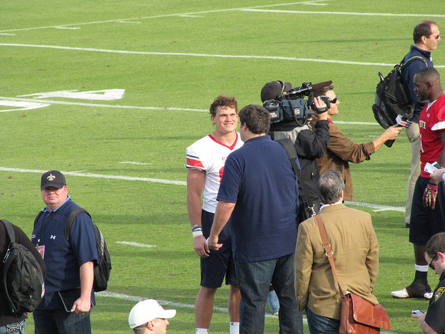 Fanspeak's Steve Shoup interviewing Vance McDonald.